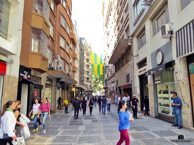 Vista ampla da Rua Barão de Paranapiacaba (Rua do Ouro) - Sé - São Paulo