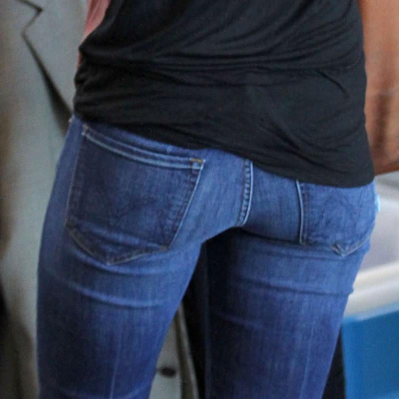 Celebrity Ass Jeans 17