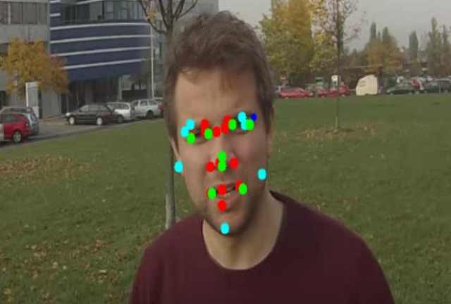 Face features detection opencv