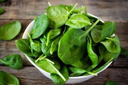 30 Makanan Terbaik dan Terburuk untuk Rambut Sehat