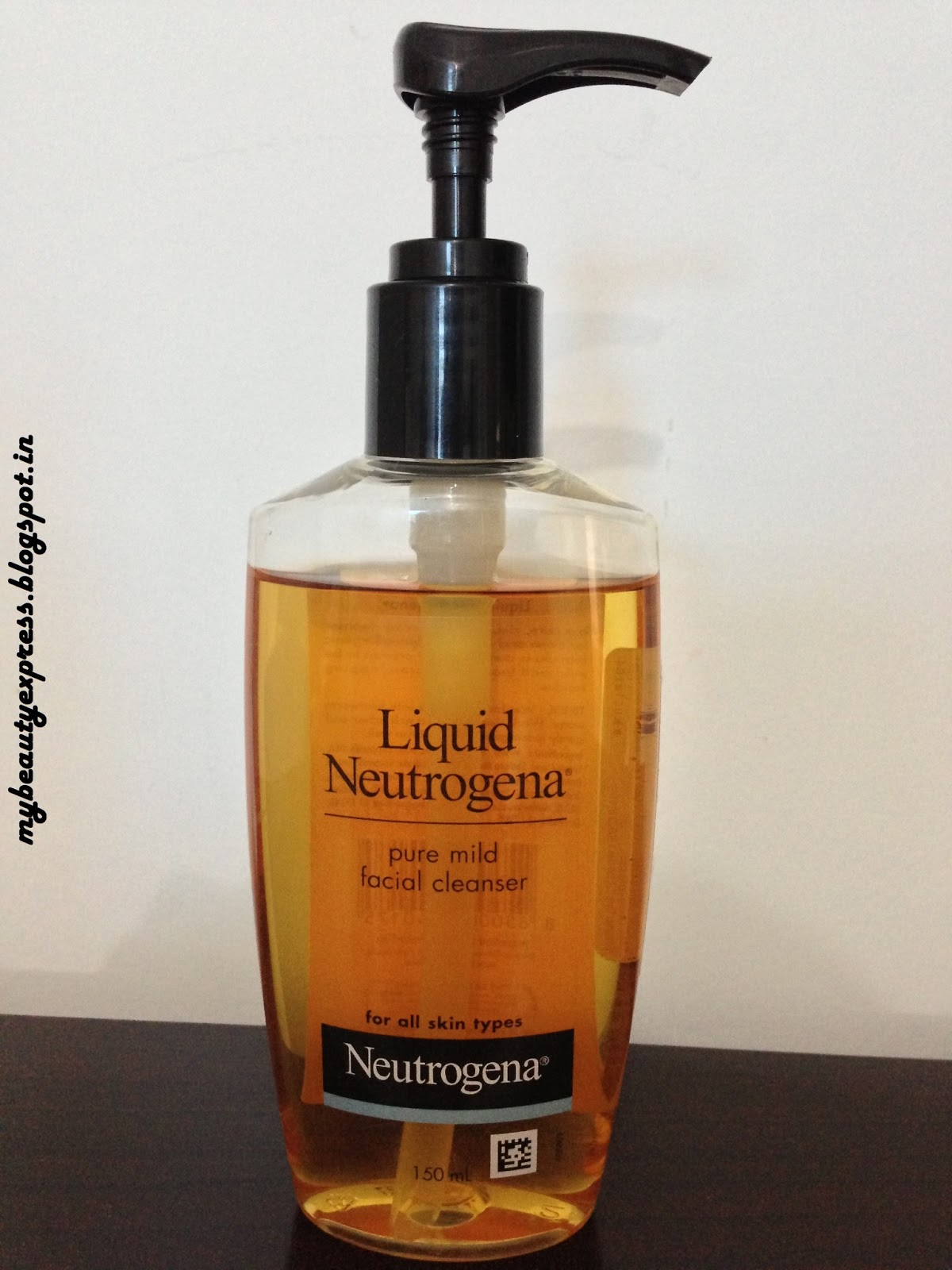 Review- Liquid Neutrogena Pure Mild Facial Cleanser - Crazy Beauty Land