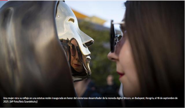 Hungría dedica una estatua al misterioso fundador de Bitcoin