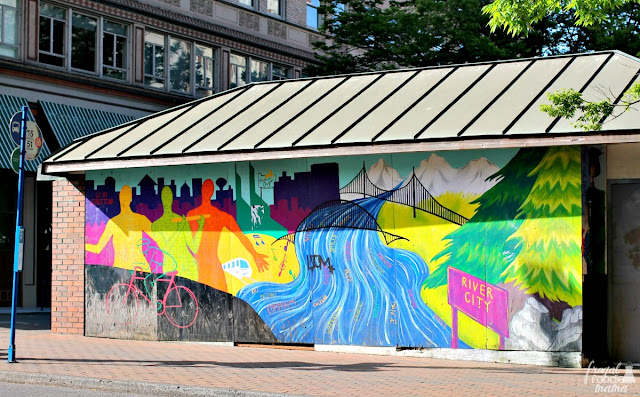 You can find colorful painted murals on the walls of buildings and structures all over the city thanks largely to the Portland Street Art Alliance.