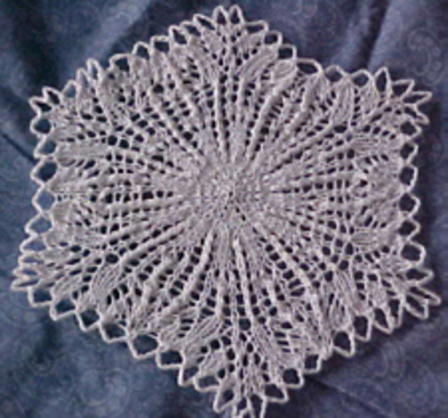 Snowflake Lace Knitting Pattern : Miss Julias Patterns: Free Patterns - 14 Snowflakes to Gift or Decorate ...