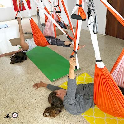regresan-experiencias-aeroyoga-puerto-rico-domingos-reserva-tu-espacio-ya-y-practica-yoga-aerea-aereo-fitness