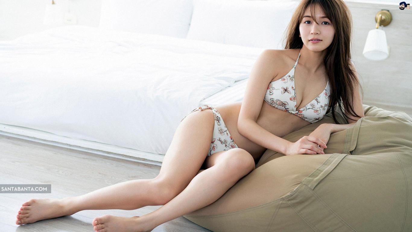 Erika Denya Latest Sexy Wallpaper