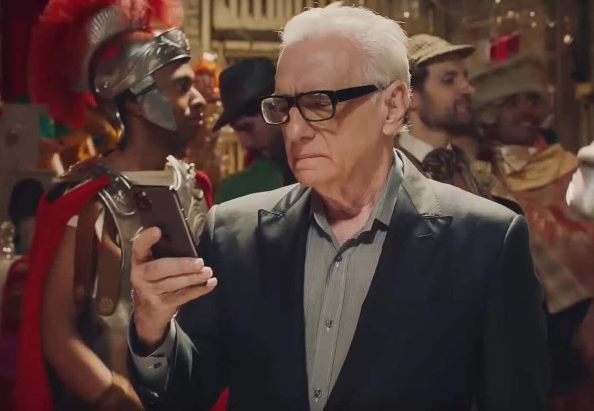 Martin Scorsese and Jonah Hill in Coca-Cola's Super Bowl Ad :「ザ・ウルフ・オブ・ウォール・ストリート」のジョナ・ヒルが、そのオスカーにノミネートされた演技力を引き出してくれた恩人の名匠マーティン・スコセッシ監督と共演したコカ・コーラのスーパーボウルの CM ! !