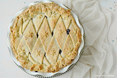Wild Blueberry Pie, Blueberry Pie, Lattice Pie, Pie Decorating Ideas, Beautiful Pies, Milk Powder Pie Crust