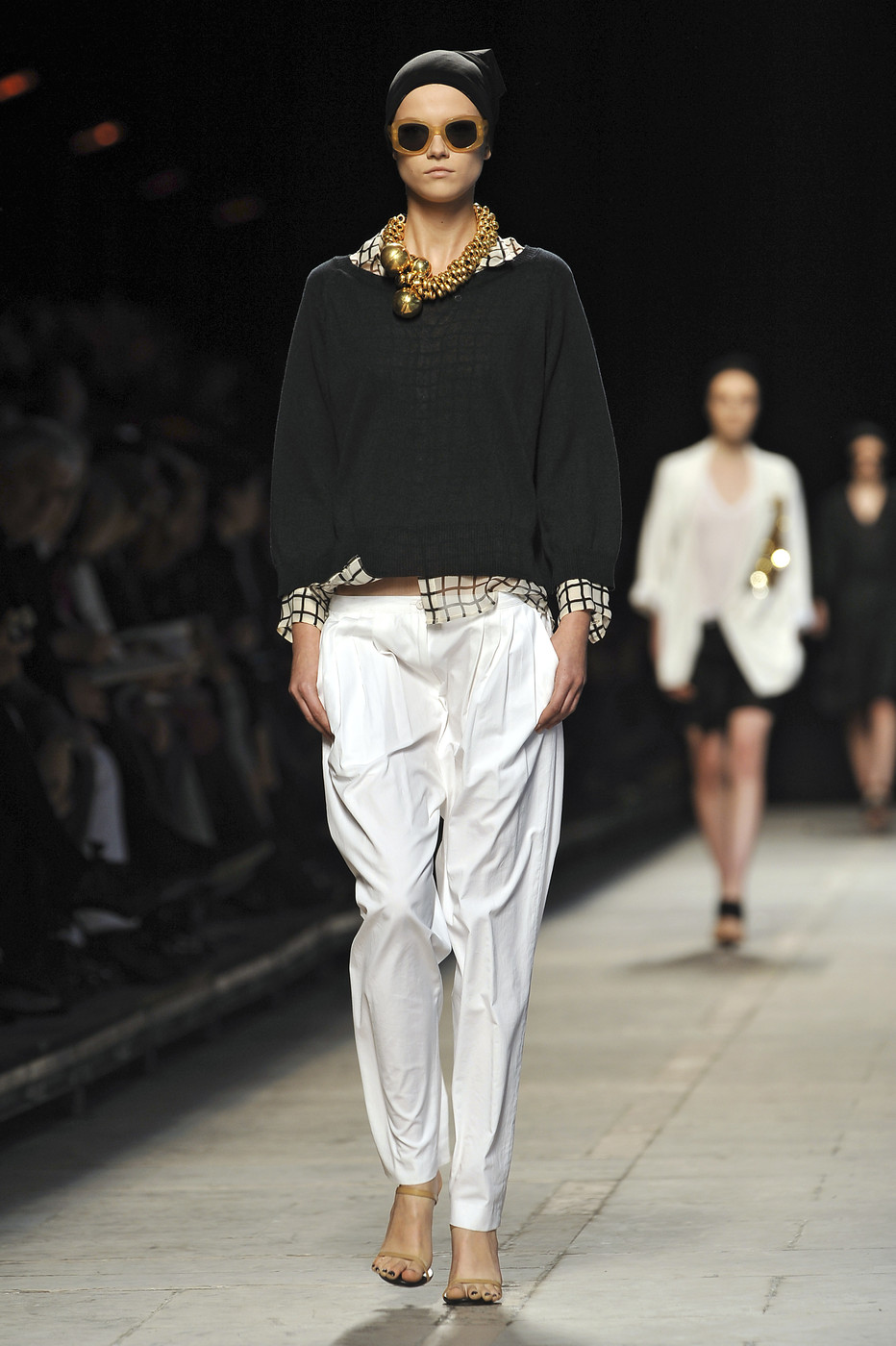 Revisiting Dries Van Noten Spring 2009 collection via www.fashionedbylove.co.uk