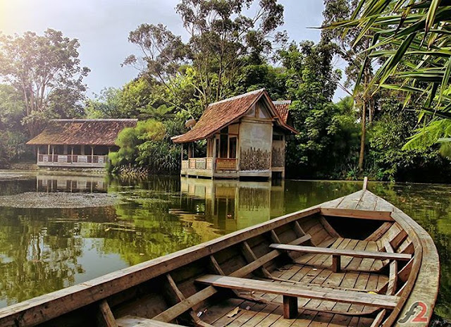 Sapu Lidi - Tempat Wisata di Lembang