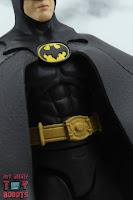 S.H. Figuarts Batman (1989) 07