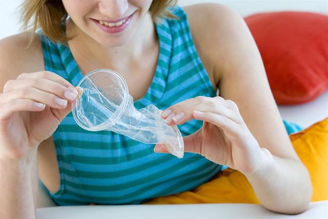 Cara Menggunakan Kondom Wanita