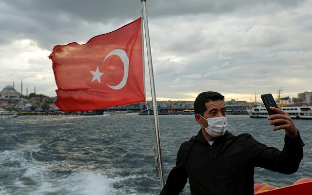 Το 90% των Ρώσων που μολύνθηκαν στις διακοπές είχαν πάει στην Τουρκία
