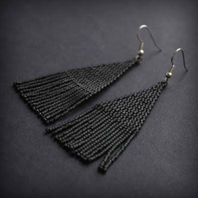 купить длинные черные серьги из бисера в интернет магазине россия