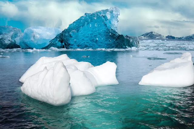 The phenomenon of melting ice causes the sea level to rise permanently. Photo: Earth.org