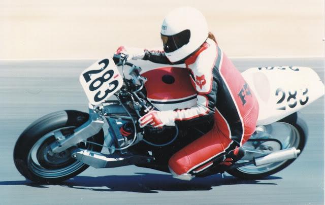 Julian Farnam FFE 350 Forkless Yamaha RZ Racing Track