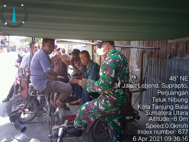 Jalain Silaturahmi Personel jajaran Kodim 0208/Asahan Dengan Melaksanakan Komsos Bersama Tukang Becak
