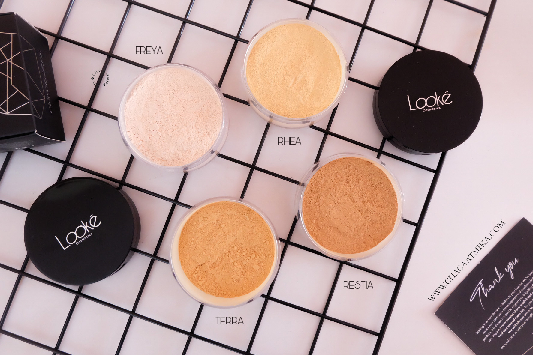 [Review] Looke Holy Smooth & Blur Loose Powder