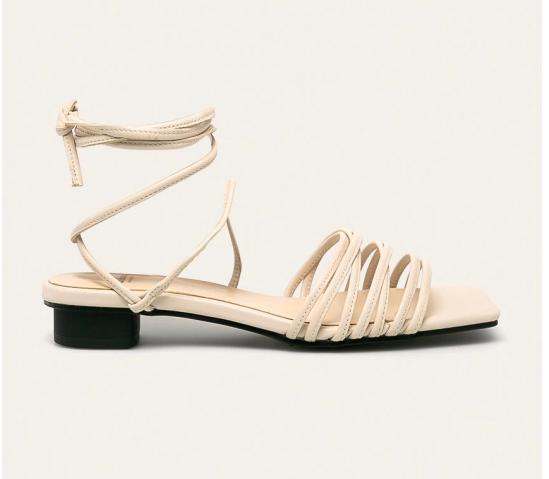 Vagabond - Sandale de piele albe cu snur pe picior