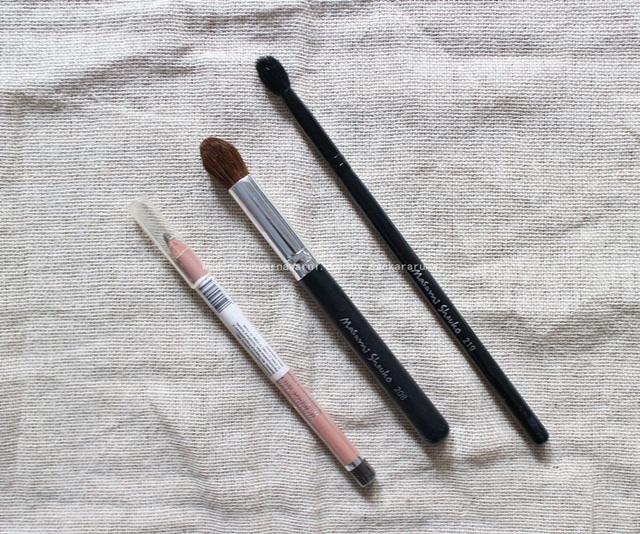 Brush dan Pensil Alis Andalan Racun Warna Warni