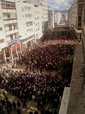 معاناة الشباب المغربي مع البطالة وتغطرس الطبقة الحاكمة