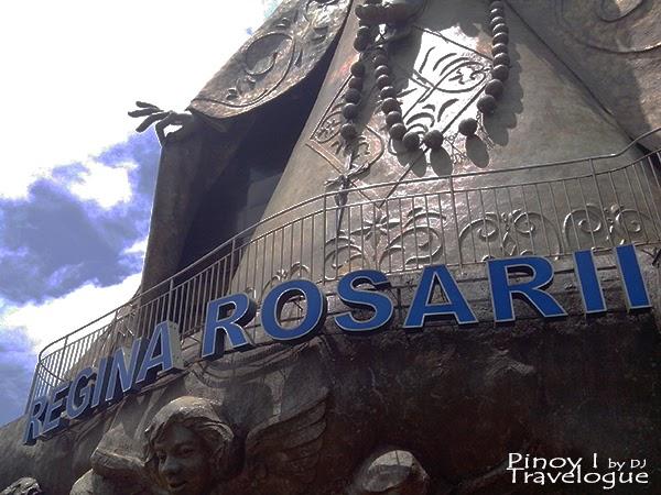 Facade of the Regina Rosarii statue building