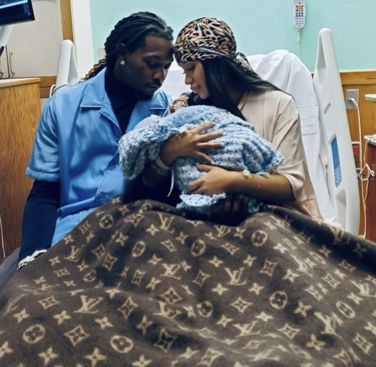 Cardi B gives birth to her 2nd child
