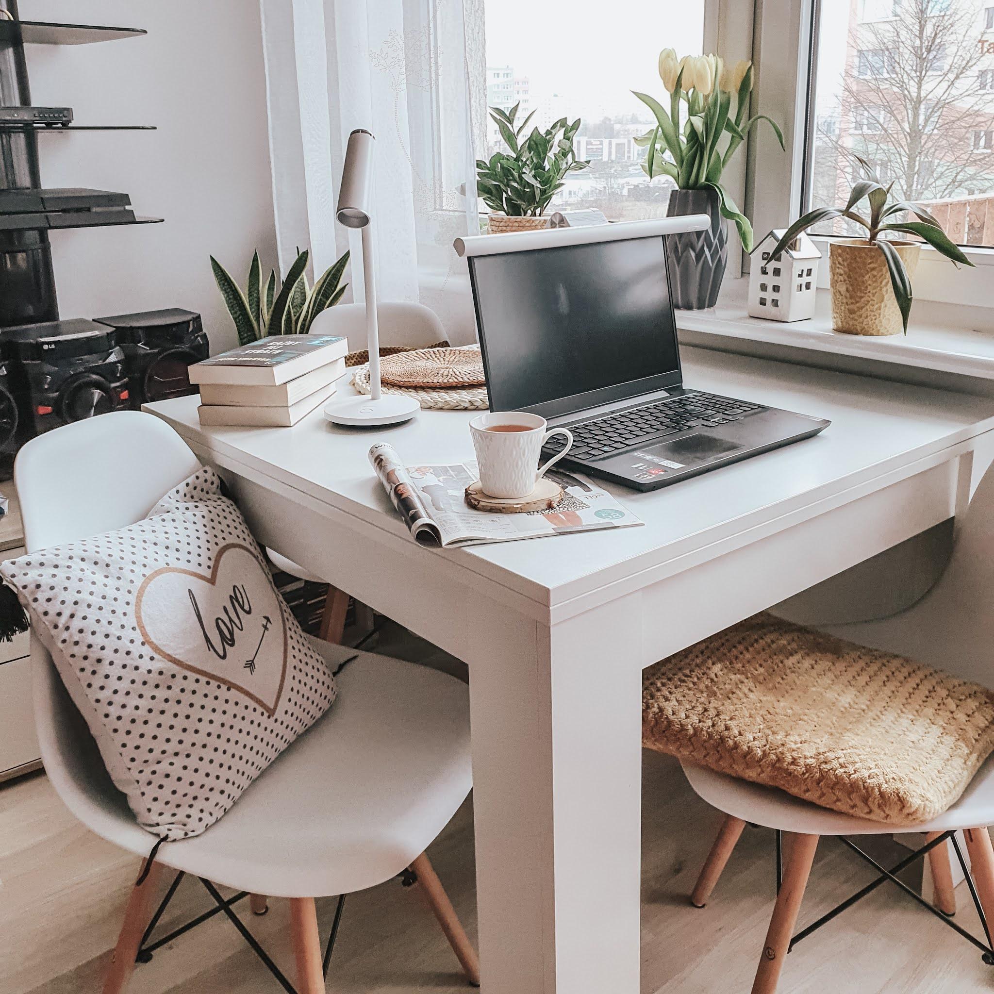 Lampka na biurko i lampka na monitor - Baseus, firma która dba o ochronę oczu i zachwyca designem swoich urządzeń.