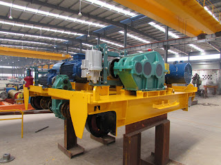 Double rail electric hoist