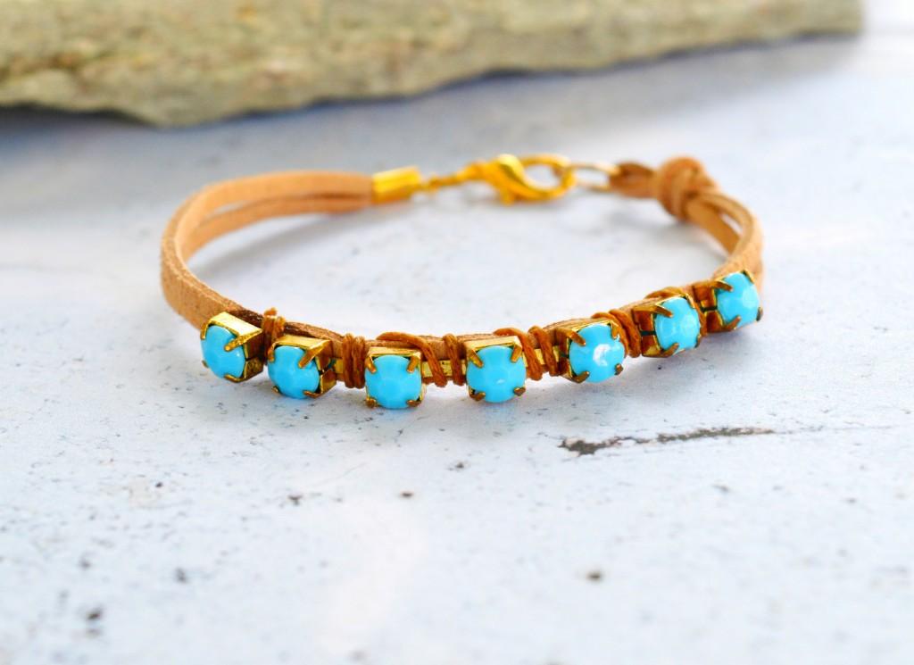 perles accesoires comment faire un bracelet la mode. Black Bedroom Furniture Sets. Home Design Ideas