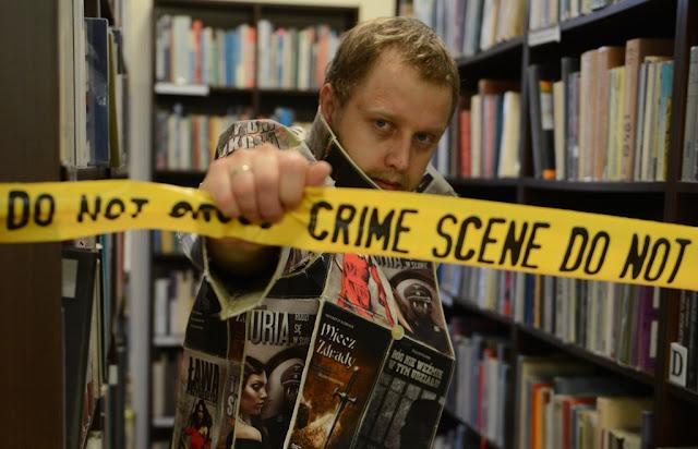 Nowy superbohater Bookman walczy z nieczytającymi!