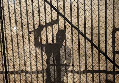 Negan si presenta al cancello di Alexandria