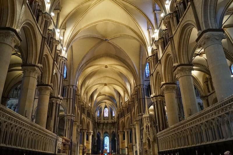 interior de la Catedral de Canterbury