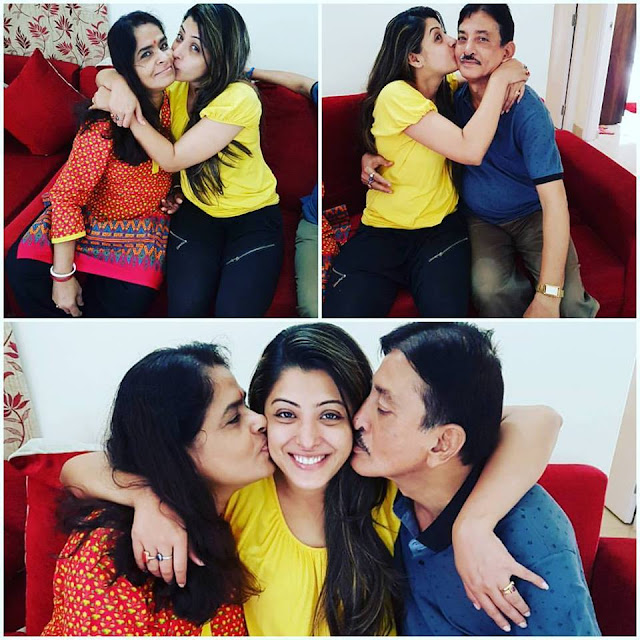 Sanchita Banerjee With Her Mother and Father.