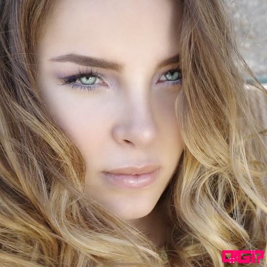 """Belinda é anunciada jura do El Factor X, X Factor voltado á Latinos nos EUA + infos do """"Catarsis""""!"""