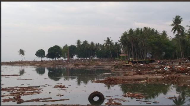 Jejak Mengerikan Tsunami Palu, Kapal Besar Mendarat Dirumah Warga