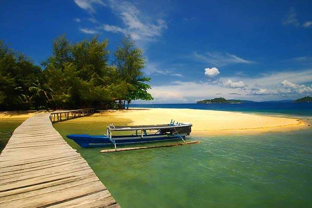 12 Tempat Wisata Bahari Terbaik Di Indonesia