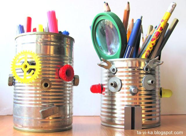 робот из консервных банок - карандашница tin can robots