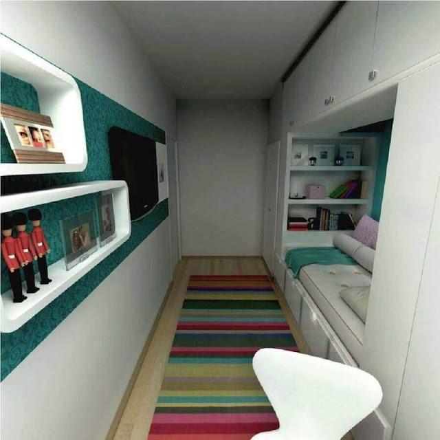 Color dots for small women's room decor planned