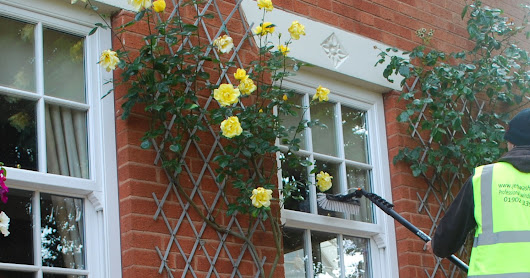 How to clean small panes of glass in Wolverhampton