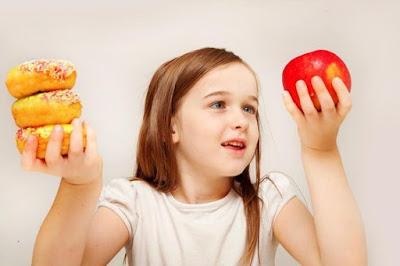 como-fazer-crianca-comer-fruta