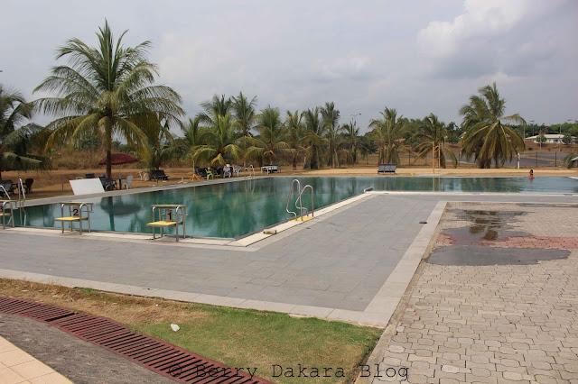 berry dakara, travel, nigeria, tourist, owerri, calabar, road trip, tinapa