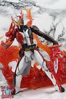 S.H. Figuarts Kamen Rider Saber Brave Dragon 35