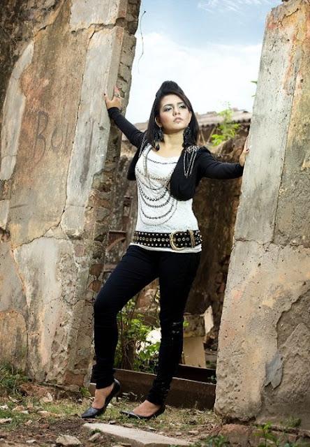 Mila Islam Bangladeshi Singer Modeling