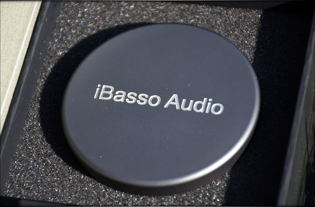 iBasso IT-04 IT04 IEMs In-Ear Monitors Review