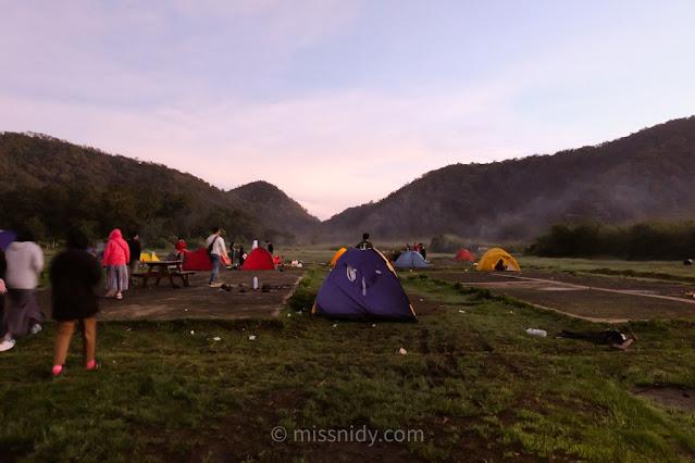 biaya camping di rancaupas ciwedey