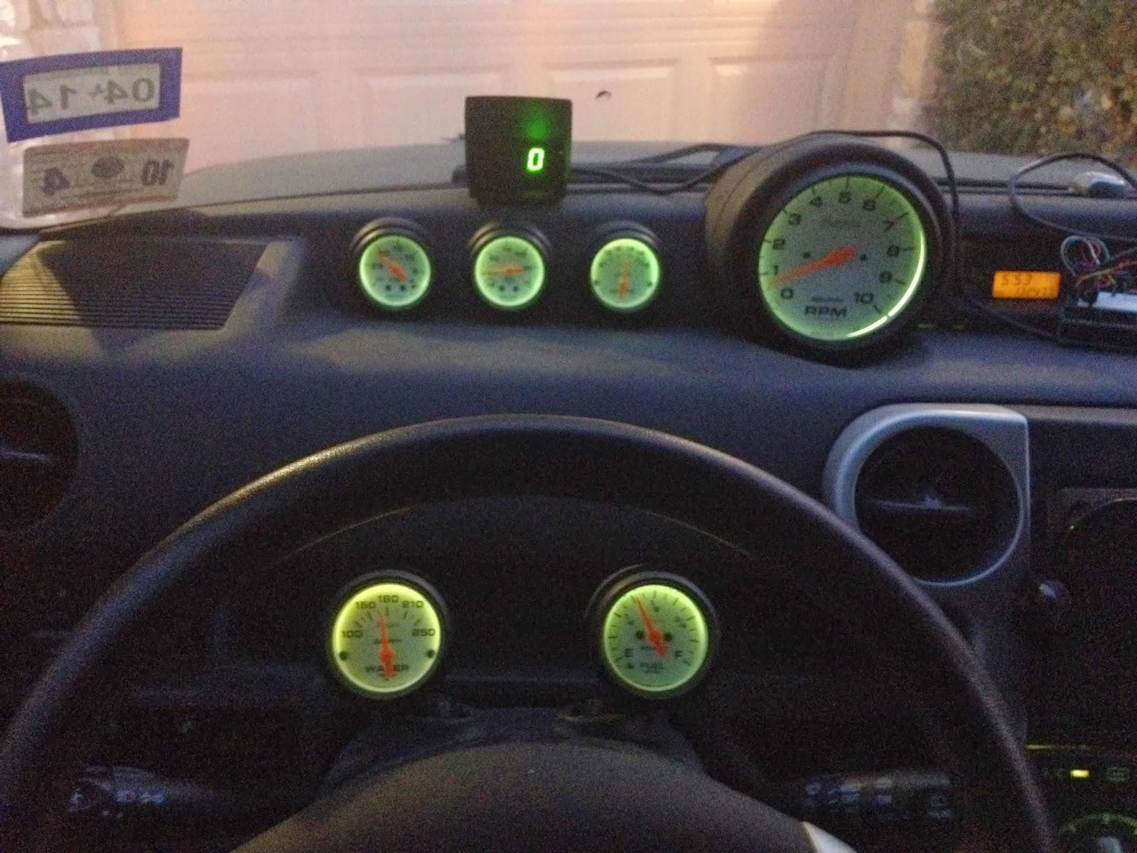 Matthew McMillan: Arduino - Digital speedometer