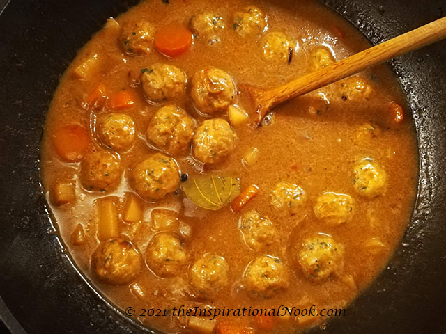 anglo indian chicken recipe, anglo indian chicken stew,  Anglo Indian Chicken and Meatball stew