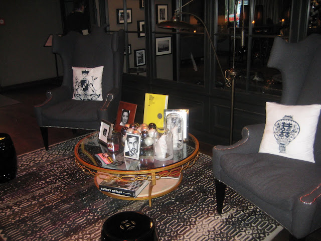 boutique hotel review the george hamburg germany nicole is the new black. Black Bedroom Furniture Sets. Home Design Ideas