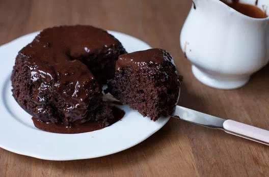 Brownies dengan Lumeran Cokelat